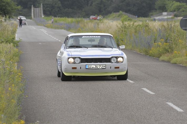 Einmal Capri, immer Capri – Fans des Sportwagenklassikers besuchen mit ihren automobilen Lieblingen die Ford-Werke