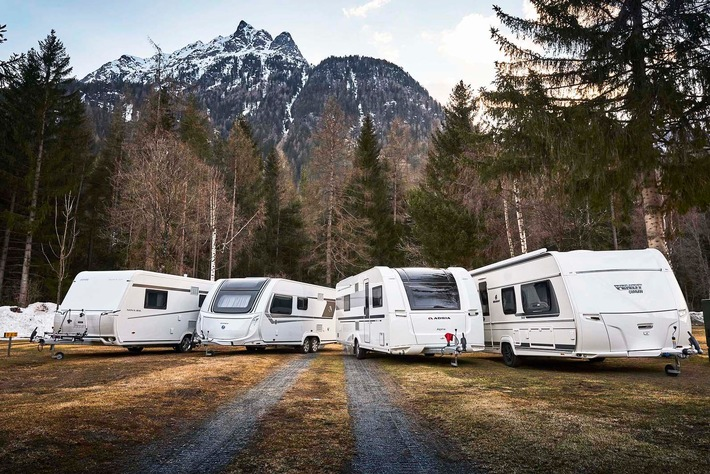 Wintercaravans: Vier Modelle im ADAC Test Alle Kandidaten erweisen sich als wintertauglich Schwachpunkt: Integrierte Temperaturfühler sind träge und ungenau