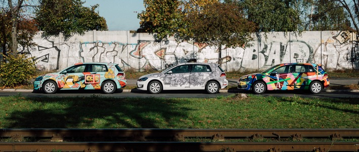 "WeShare launcht zum Mauerfall-Jubiläum 100% ""Art Cars"" in Berlin"