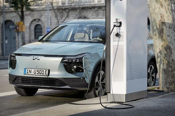 """""""Smartphone auf Rädern"""" – EURONICS bringt das erste Elektroauto in den Fachhandel"""