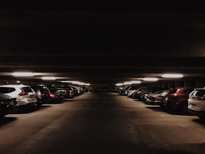 Angst im Parkhaus: Wie steht es um die Sicherheit beim Parken in Parkhäusern?