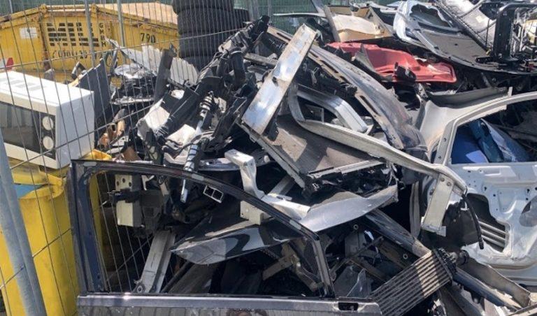 Die Schrottabholung Gelsenkirchen holt den Altmetallschrott nicht nur ab, sondern kauft ihn auf Wunsch