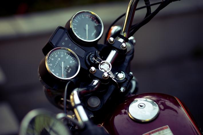 Motorradsaison 2021: Richtig abgesichert auf die Strecke