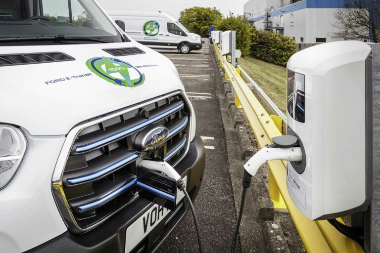 Vollelektrischer E-Transit: Ford kündigt erste europäische Praxis-Tests mit Prototypen in Kundenhand an