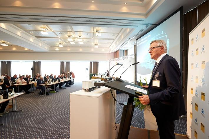 ADAC/TÜV Rheinland TruckSymposium & FIA ETRC-Innovation-Talk: Nachhaltige Technologien im Transport- & Nutzfahrzeugsektor / Hochrangiges Expertenforum am 16. Juli (11:30 Uhr)