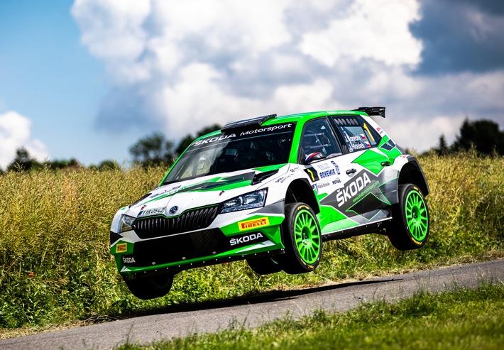Jan Kopecký feiert mit Sieg bei der Bohemia Rallye 120-jähriges Jubiläum von ŠKODA im Motorsport